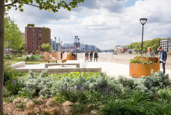 Riverside Gardens pocket park, featuring new seating installation, Dawn to Dusk, by Studio Tord Boontje
