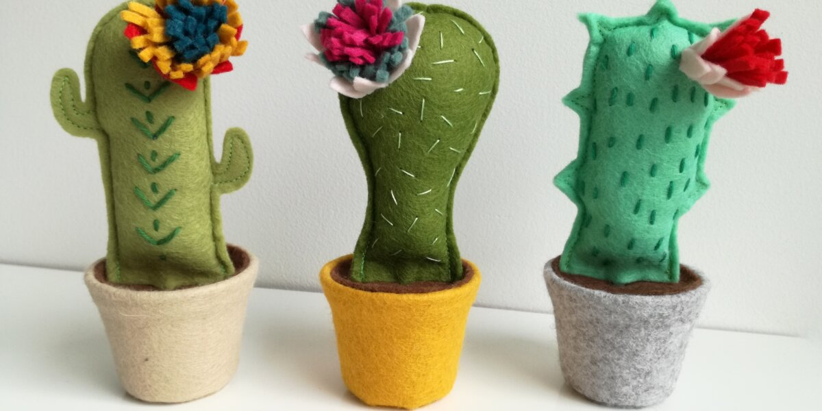 secrets-of-green-little-egg-design-felt-cacti