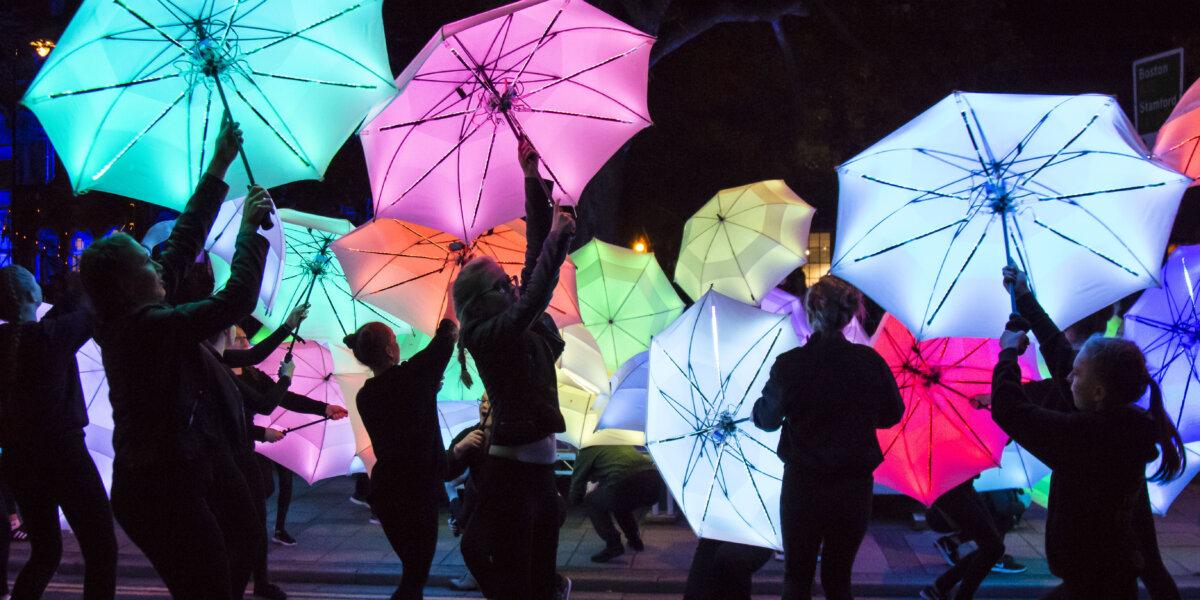 Cirque Bijou Umbrella Project 1 – Courtesy of Gravity Fields