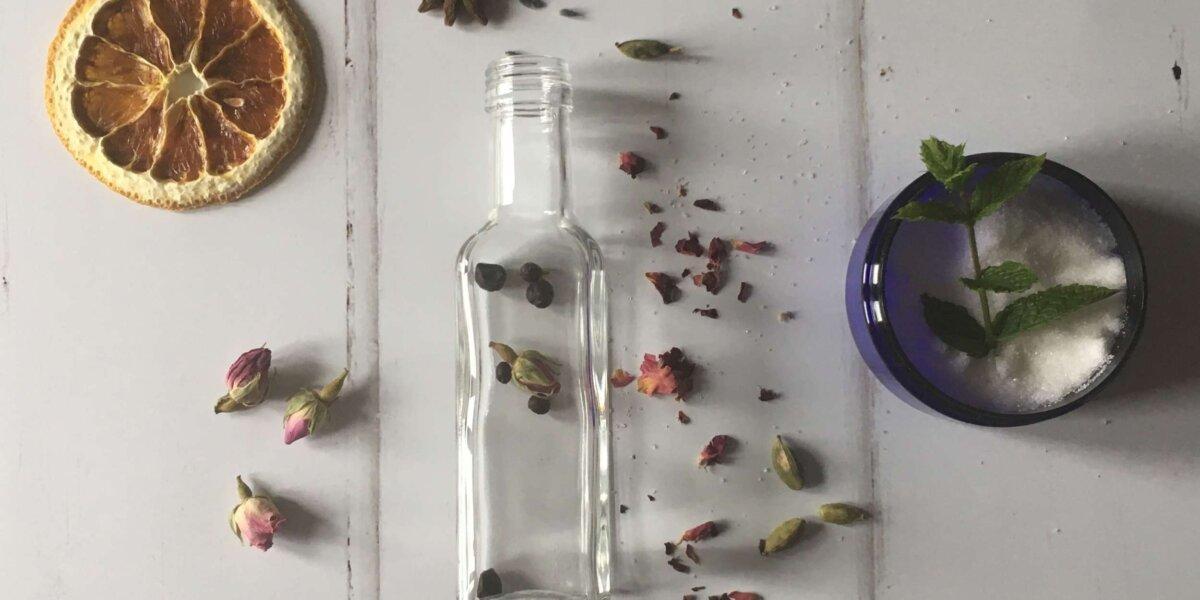 Gin-Botanicals-square-empty-bottle